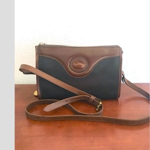 Dooney & Bourke vintage Legacy AWL crossbody